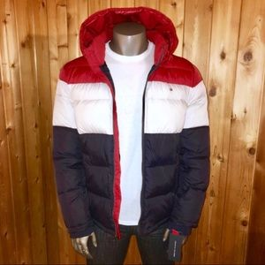 NWT! Tommy Hilfiger Men's Hooded Puffer Jacket
